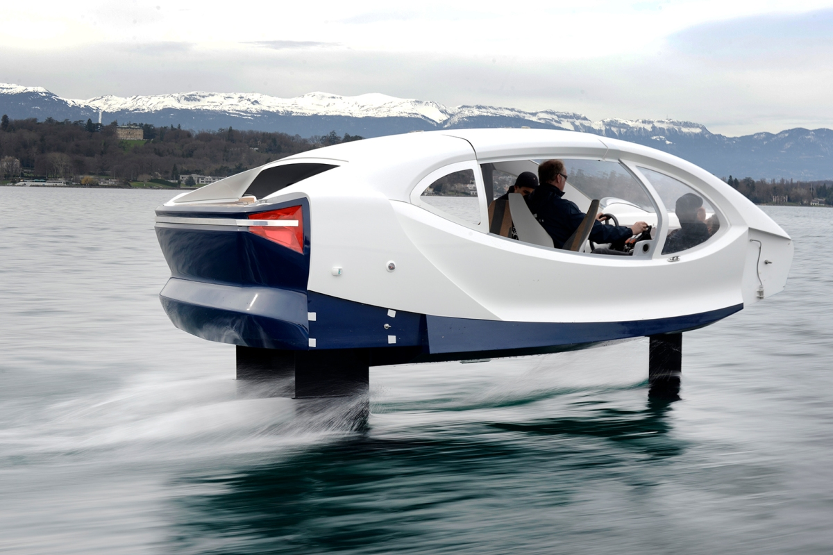 This electric hydrofoil taxi could save you from sitting intraffic